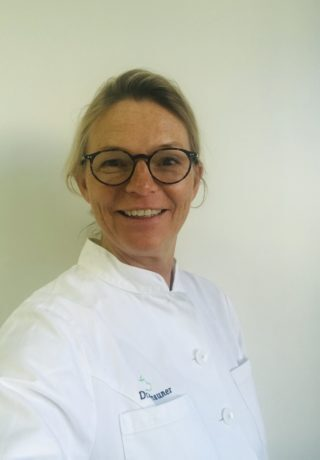 Dr. Annette Tschauner